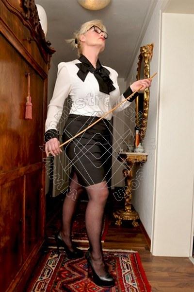 Lady Diana OBERHOF 004915259404100