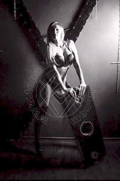 Sophia FRANCOFORTE 004915257861232